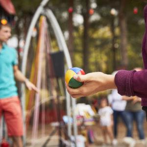 Festival JOURS (et nuits) de Cirque(s) - Du Centre Interantional des Arts en Mouvement -  Cours Collectif de jonglage -  Avec Jonathan Lardillier -  Lieu : CIAM - Ville : Aix en Provence - Le 22 09 2017 - Photo : Christophe RAYNAUD DE LAGE
